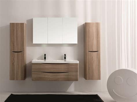 Badezimmerm Bel Holz Rustikal by Badm 246 Bel Eiche Massiv Die 25 Besten Ideen Zu Eiche Bad