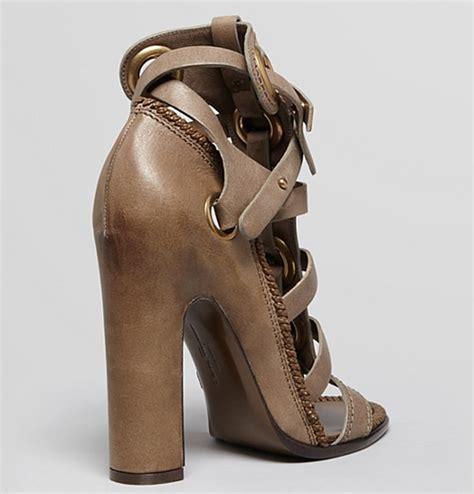 ferragamo gladiator sandals olga kurylenko in salvatore ferragamo gladiator sandals