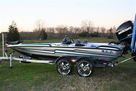 bass cat boat wheels sold 5 boss 20 quot chrome wheels for sale bass cat boats