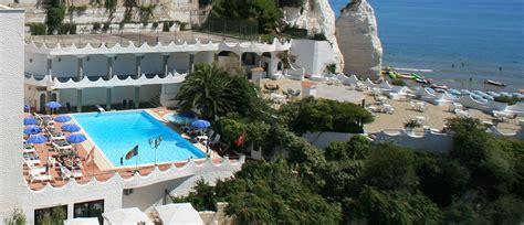 hotel con piscina in hotel con piscina a vieste sul mare per vacanze nel gargano