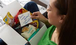 college student care package 5 care packages that any college kid would unfranchise