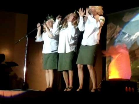 star sisters swing medley gimont c est fou quot the star sisters quot 19 03 2011 youtube