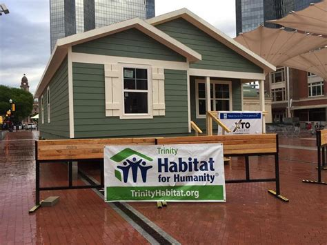 habitat for humanity builds a home in downtown fort worth