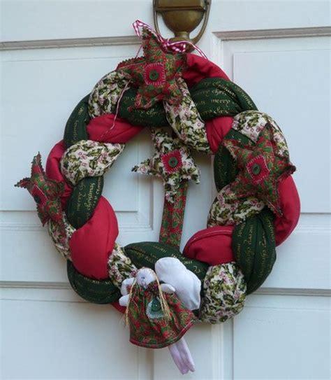 come appendere una ghirlanda alla porta 10 addobbi natalizi per la porta d ingresso www donnaclick