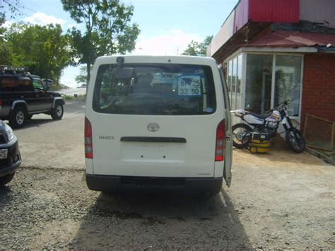 toyota hiace for sale 2004 toyota hiace for sale 2500cc gasoline automatic