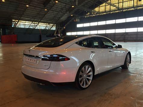 Tesla Model S Australia Price 2016 Tesla Model S Dual Motor Range Launches In Australia