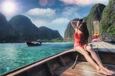 guide   solo female traveler  phuket