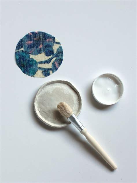 decoupage jewelry tutorial diy tutorial fabric decoupage jewelry dishes sew diy