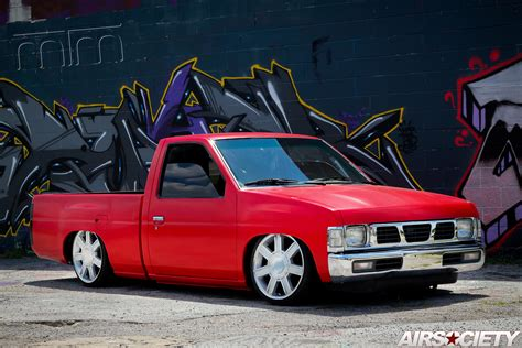 mike s bagged nissan hardbody airsociety