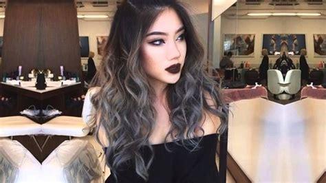 tintes de cabello color gris balayage gris plata