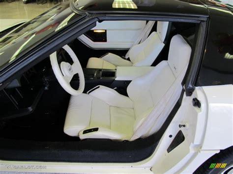 1988 chevrolet corvette 35th anniversary coupe interior