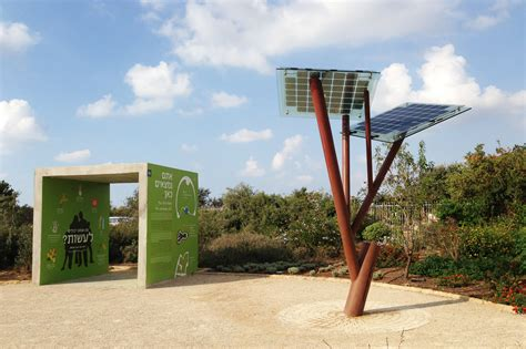 solar power tree a small solar powered tree invented by israeli energy