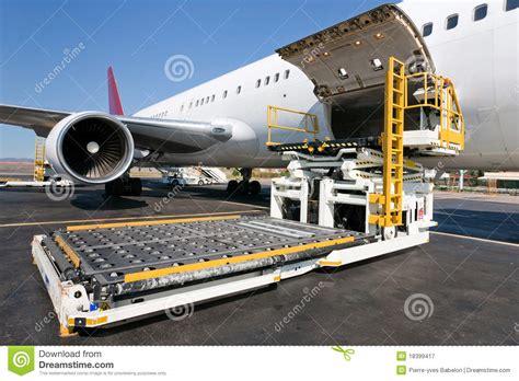 loading cargo plane stock image image of load ship 18399417
