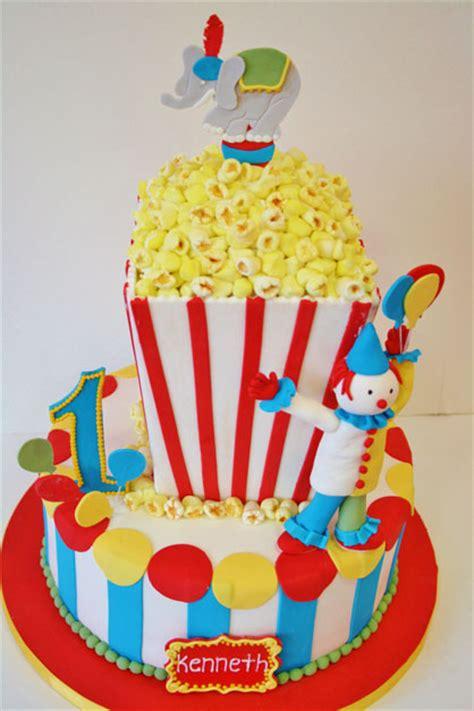 clown for birthday nj birthday cakes nj circus custom cakes