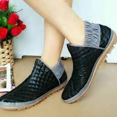 Sandal Wanita Mariska Flat Shoes Wanita Black Hitam E56 nike bowling shoes walk this way air max