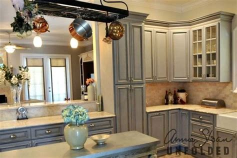 annie sloan painted kitchen cabinets annie sloan kitchen painted cabinets painted kitchen