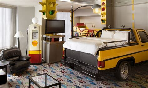 edmonton mall theme rooms the pepper incident 3 yellow roses