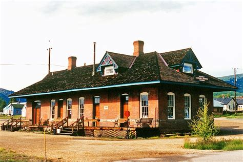 33 best images about railroad depot on pueblo
