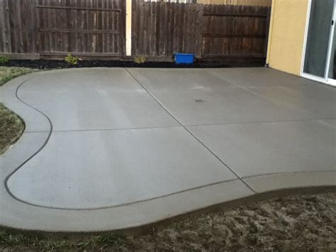 Concrete Back Patio by Curved Back Yard Patio Broom Finish With Border Yelp