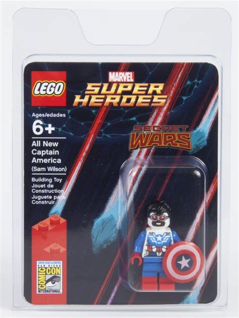 Lego Mini Figure Sam Wilson Captain America lego sdcc 2015 secret wars sam wilson as captain america