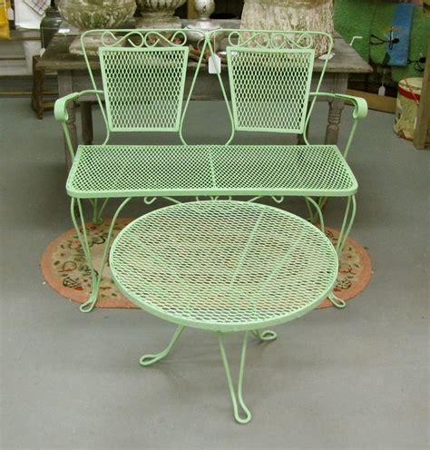 vintage style outdoor furniture best 25 vintage patio furniture ideas on