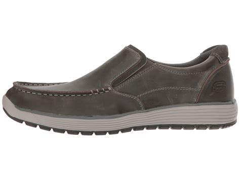 Sepatu Skechers Classic Fit skechers classic fit venick zappos free shipping both ways