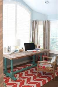 find home decor paint computer table like this and find a cute rug to go