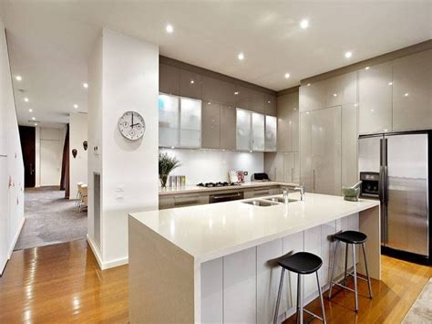 Modern Open Plan Kitchen Designs by Modern Open Plan Kitchen Design Using Hardwood St George