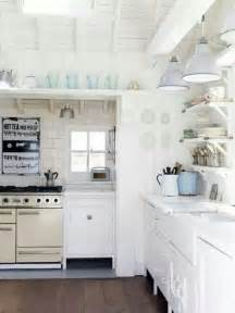 cottage kitchen where i want to live