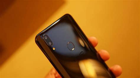Vivo V9 Black vivo v9 with 6 3 inch notch display 24mp front