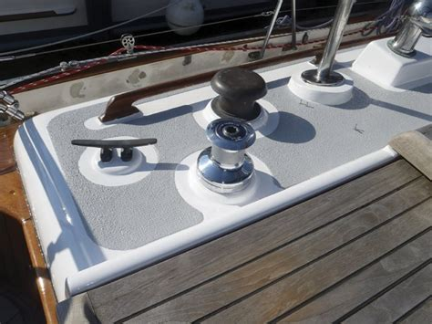 boat deck paint   skid additive