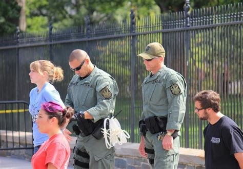 house arrest rules police arrest anti abortion protesters at white house scripps howard foundation wire