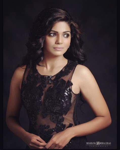 marathi film actress images hot images of marathi film actress impremedia net