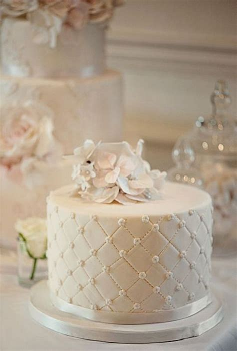 Wedding Cake One Tier by Picture Of Pretty One Tier Wedding Cakes To Get Inspired 14