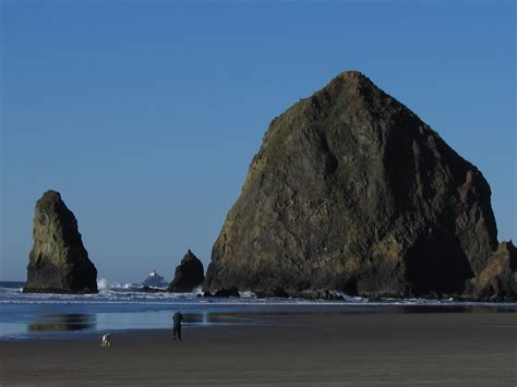 list of beaches in oregon enumerates all landmarks