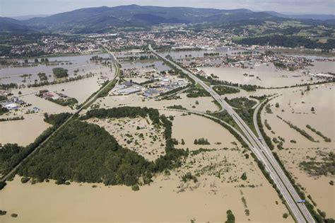 möbelhaus deggendorf fotos europa en m 225 xima alerta por las inundaciones