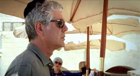 Anthony Bourdain Beirut Tv Chef Bourdain Reveals Heritage During Show In Israel Regard D Un Ecrivain Sur Le Monde