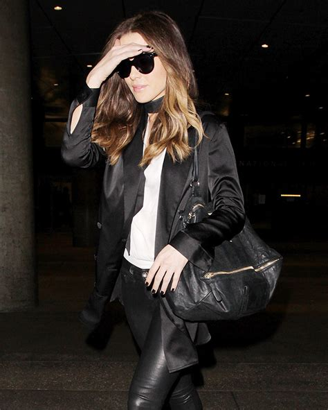 Name That Bag Kate Beckinsale by A Certain Mansur Gavriel Style Continues To Gain Steam