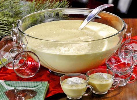 20 christmas drink recipes everyone will love oola com