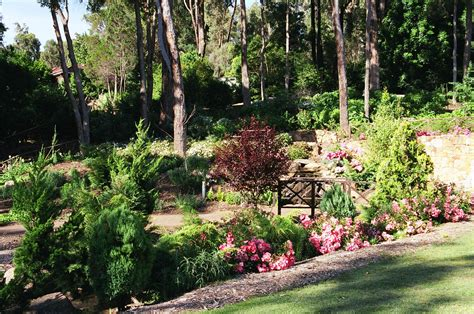 Botanical Garden Location Araluen Botanical Gardens Wedding Locations Easy Weddings
