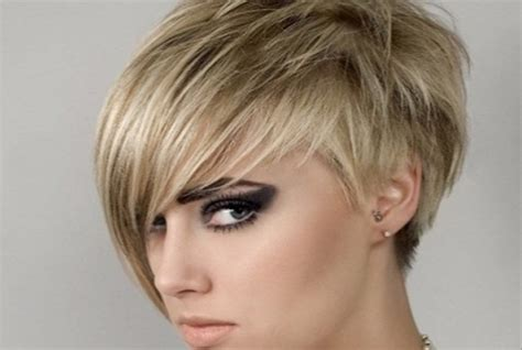 pixie cut with longer fringe one siidde 7 long pixie hairstyles style presso