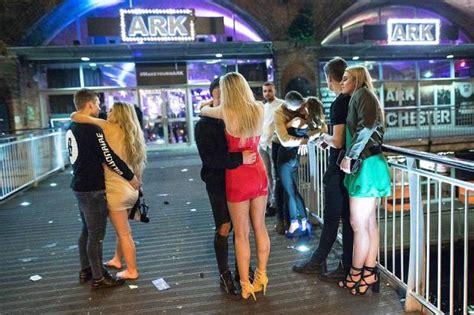 brits show  world   party   black eye friday  mad saturday  pics