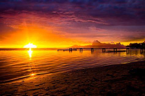 Sun Set mount orohena polynesia sunset times