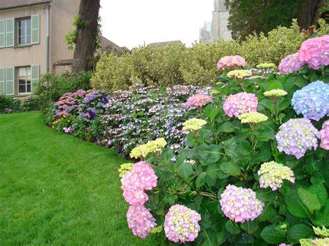 house designs home gardens