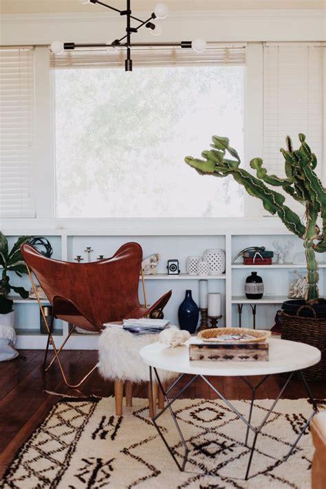 Jungle Living Room by 10 Cozy Living Room Ideas For Fall Season Living Room Ideas