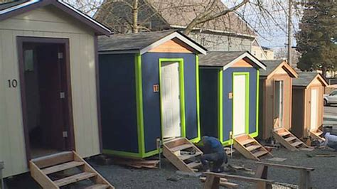 seattle shelter builds tiny house for homeless sleeping in the dirt 200 sq ft quixote