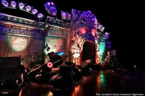 rob zombie haunted house haunted house with john wayne gacy room erected near where serial killer was active