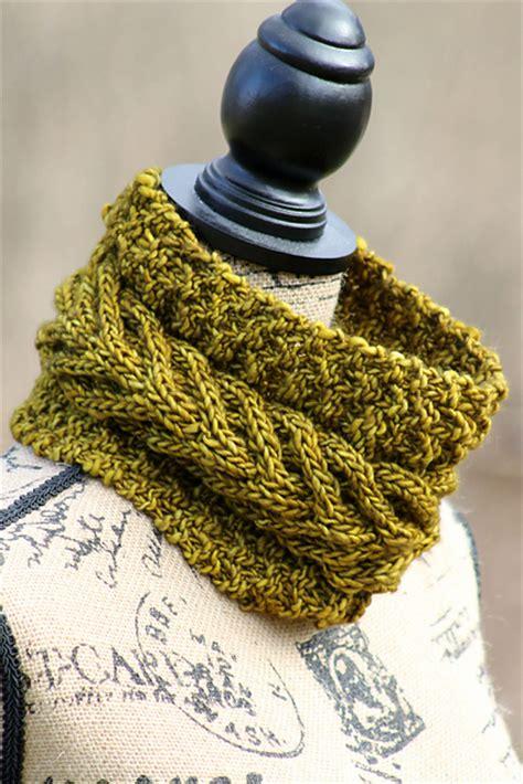 free cowl knitting patterns with bulky yarn knitting patterns galore vaduz cowl