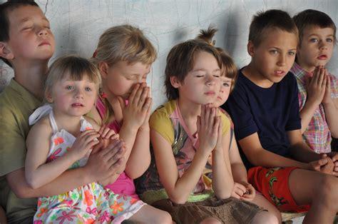 Street Children Kherson Homeless Children Orphans Poor In Kherson Ukraine Images For Children