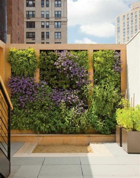 wohnideen mit pflanzen terrassen und gartengestaltung durch pflanzen aufpeppen